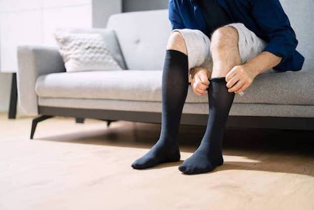 6 Effective Compression Tights & Socks for Varicose Veins